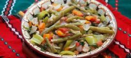 Стручкова квасоля тушкована з овочами